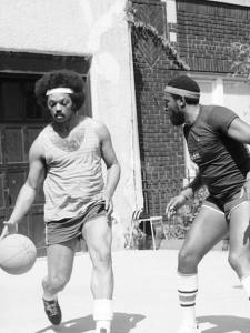 Jesse Jackson and Gaye Play a little B-Ball shortly After his Football workouts
