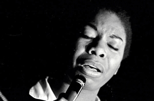 Nina Simone sings! (photo by Robert Abbot Sengstacke)